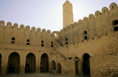 Sousse: Ribat [islamisches Wehrkloster] - Innenhof (1998)