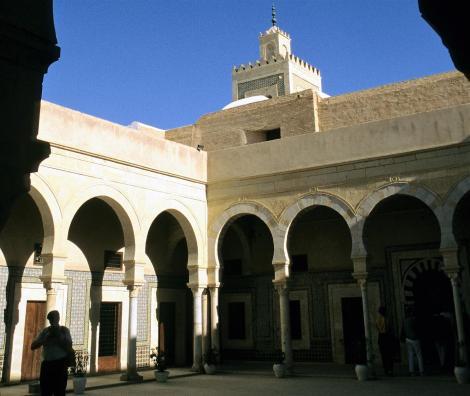 Kairouan: Barbiermoschee [Zaouia des Sidi Sahab] - Medrese (1998)