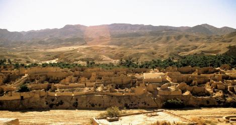 Oase Tamerza [1969 durch Regen zerstörte Siedlung] (1998)