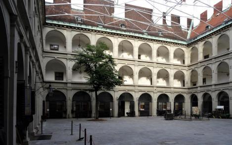 Wien: Hofburg - Stallburg Innenhof (2019)