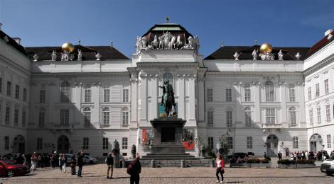 Wien: Hofburg - Hofbibliothek am Josephsplatz (2019)