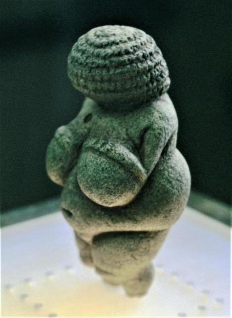 Wien: Naturhistorisches Museum - Venus von Willendorf (1987)