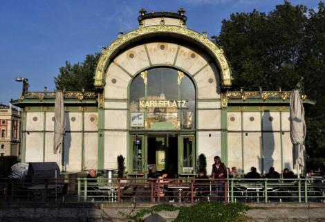 Wien: Pavillon auf dem Karlsplatz (2019)