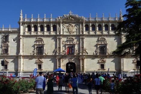 Alcalá de Hénares: Universität [Colegio Mayor San Ildefonso] - Fassade (2019)