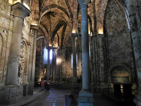 Avila: Kathedrale - Chorumgang (2019)
