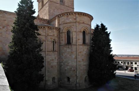 Avila: Kirche San Vicente - Apsiden (2019)