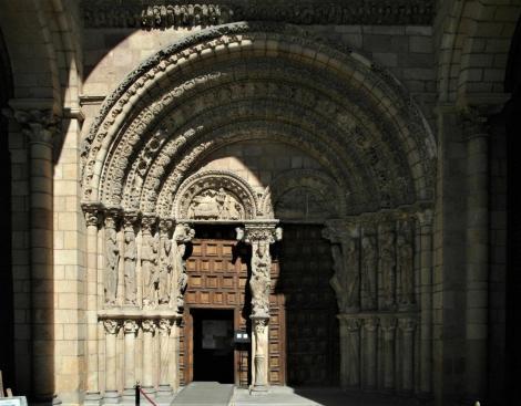 Avila: Kirche San Vicente - Westportal (2019)
