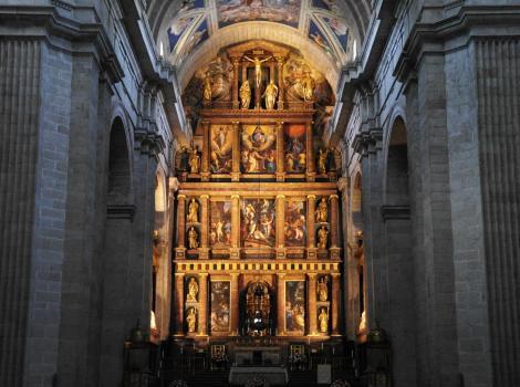 El Escorial: Klosterpalast - Hochaltar in der Kirche (2019)