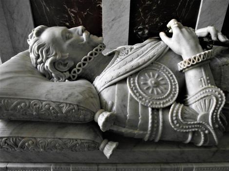 El Escorial: Klosterpalast - Pantheon der Infanten, Sarkophag von Don Juan d'Austria (2019)