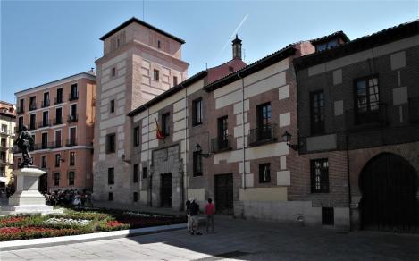 Madrid: Plaza de la Villa mit Casa und Torre de los Lujanes (2019)