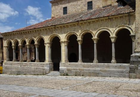 Segovia: Kirche San Esteban - Loggia (2019)