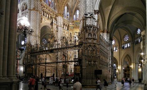 Toledo: Kathedrale - Hauptkapelle [Capilla Mayor] und Chorumgang (2019)