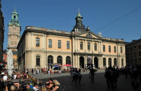 Stockholm: Nikolaikirche [links] und Börse [am Großen Markt = Stortorget] (2019)