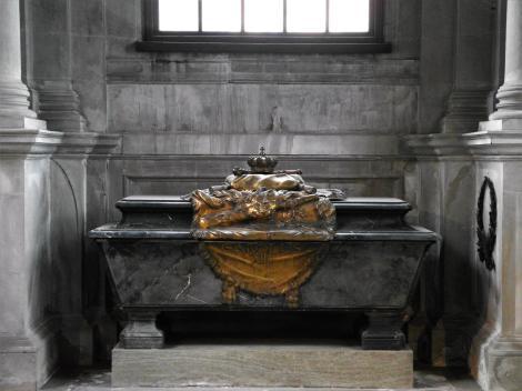 Stockholm: Ritterinselkirche [Riddarholmskyrkan] - Grabmal Karls XII. in der Karolinischen Grabkapelle (2019)