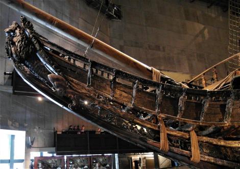 """Stockholm: Galion des geborgenen Segelschiffes """"Wasa"""" im Wasa-Museum (2019)"""