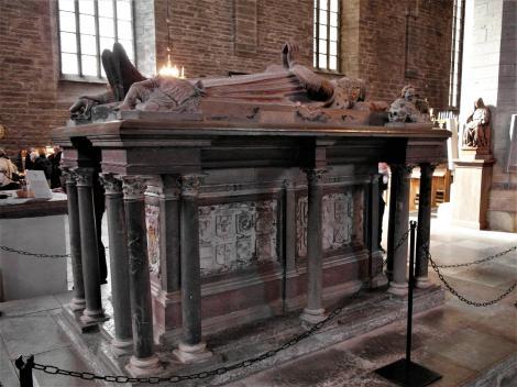 Vadstena: Klosterkirche - Grabmal von Herzog Magnus (2019)