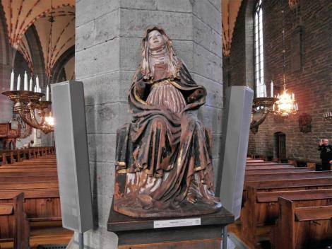 Vadstena: Klosterkirche - Statue Ekstatische Birgitta (2019)
