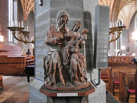 Vadstena: Klosterkirche - Statue Anna Selbdritt (2019)