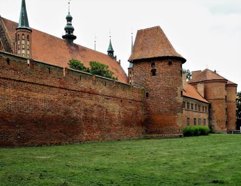 Frauenburg: [poln. Frombork]: Domburg - Südmauer (2012)