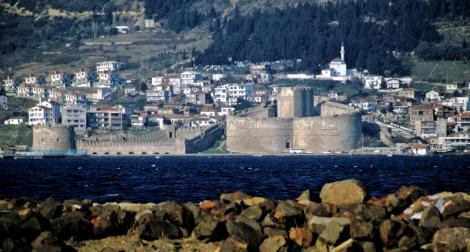 Blick auf die Festung Kilitbahir [auf der Halbinsel Gallipoli] an den Dardanellen (1997)