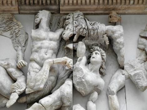 Berlin: Pergamonmuseum - Pergamonaltar (2011)