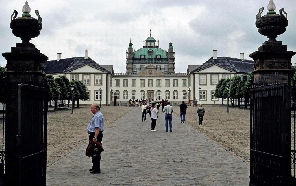 Fredensborg: Schloss (2001)
