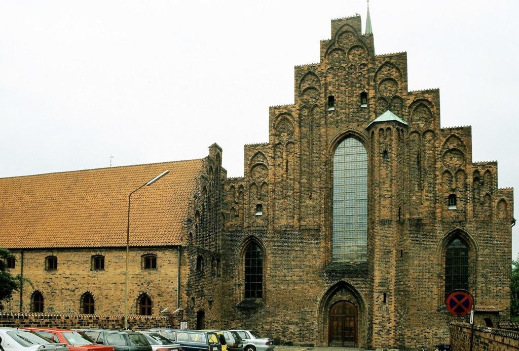 Helsingör: Karmeliterkloster (2001)
