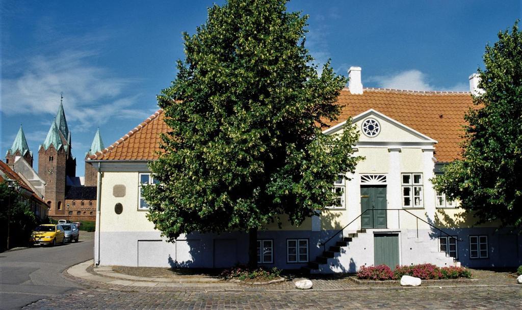 Kalundborg: Geburtshaus Sigrid Undset (2001)