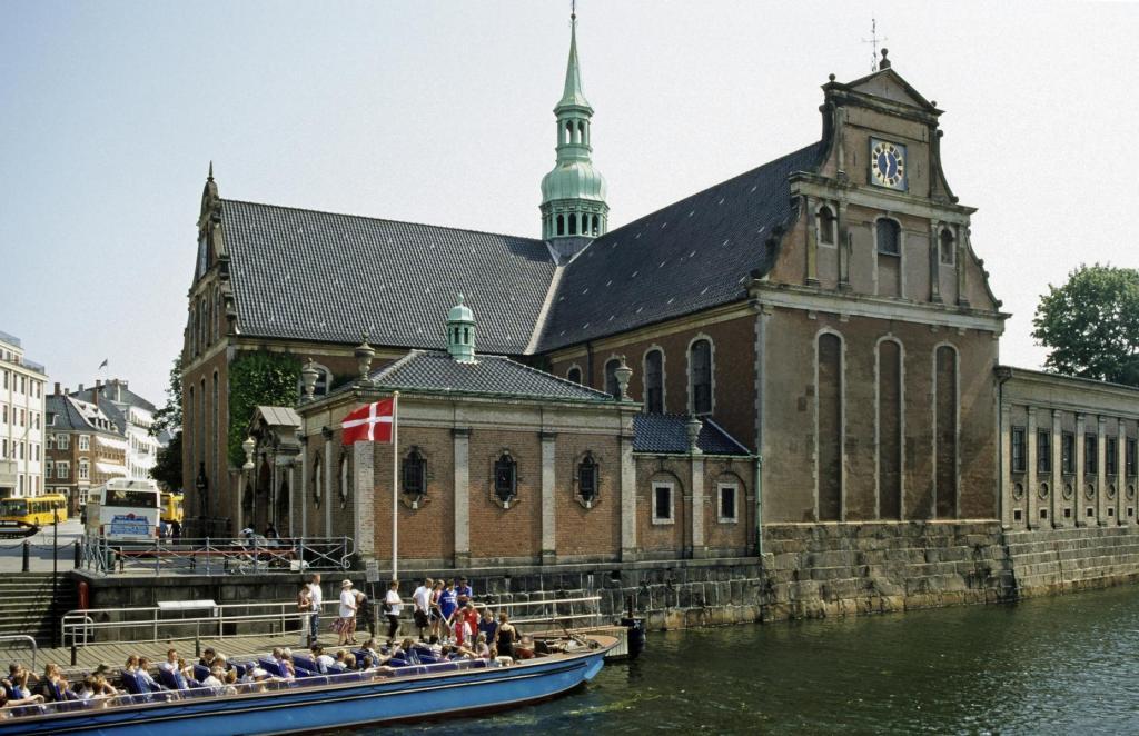 Kopenhagen: Holmenskirche (2001)