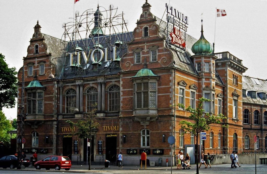 Kopenhagen: Tivoli (2001)
