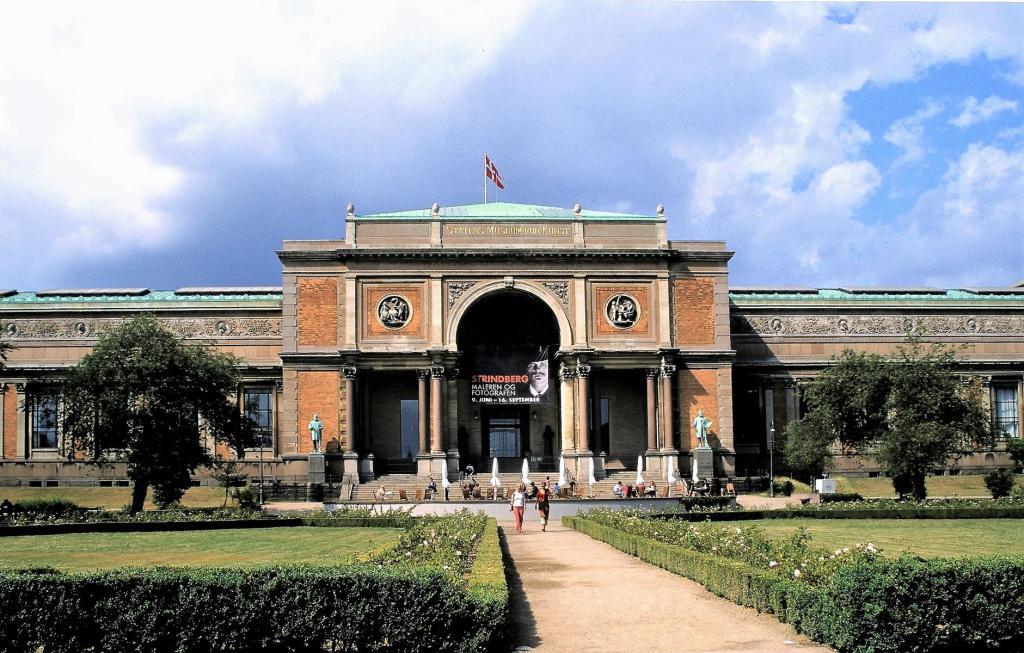 Kopenhagen: Staatliches Kunstmuseum (2001)