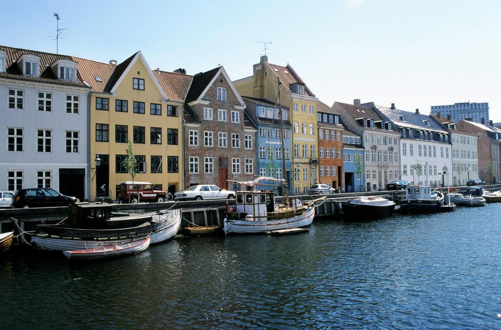 Kopenhagen: Christianhavn - Overgaden (2001)