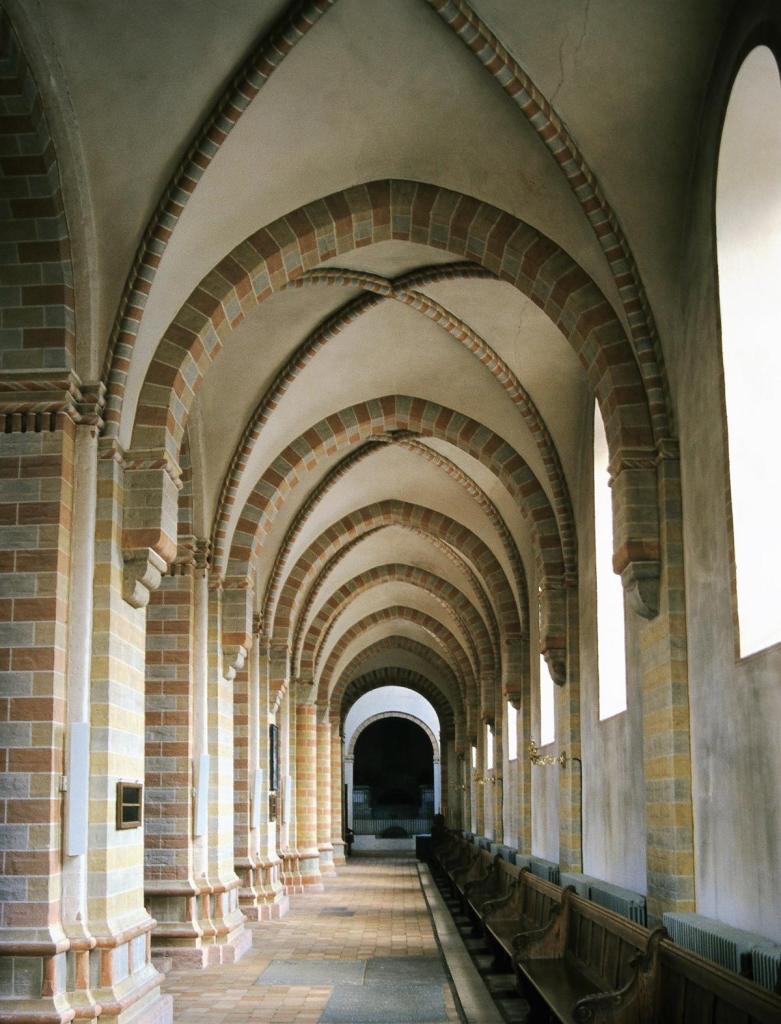 Sorø: Klosterkirche - Seitenschiff (2001)