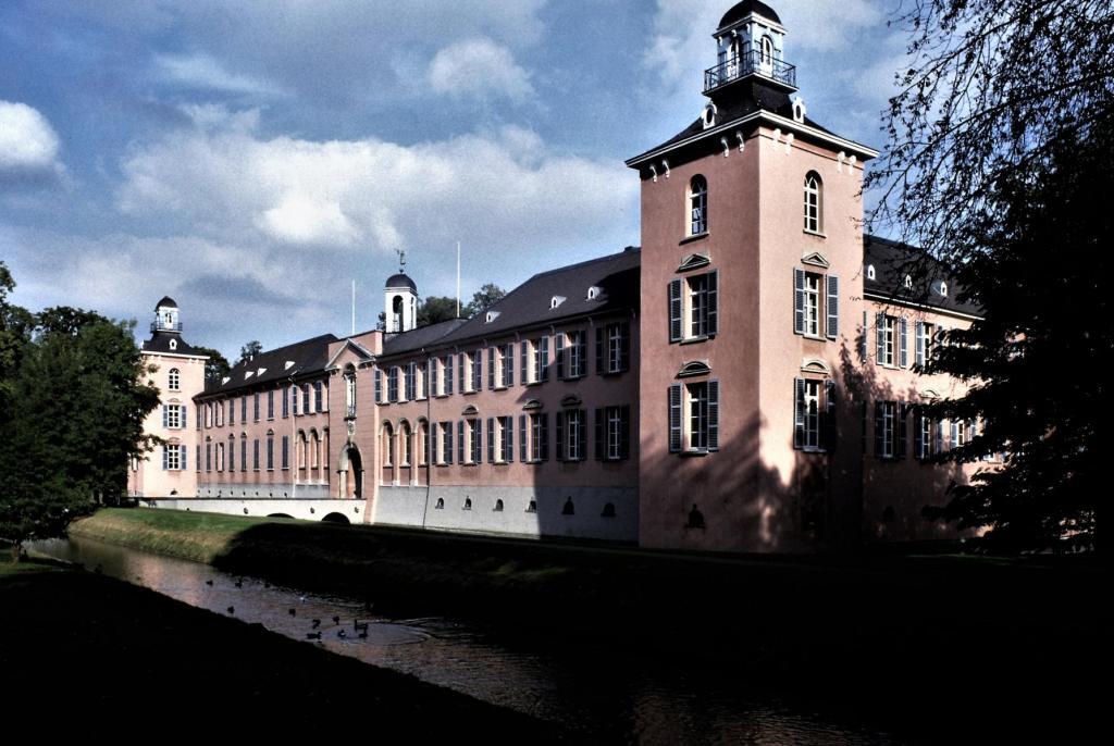 Düsseldorf: Schloss Kalkum (1985)