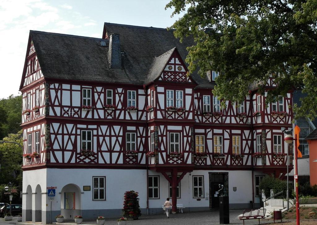 Nassau: Adelsheimer Hof [heute Rathaus] (2020)