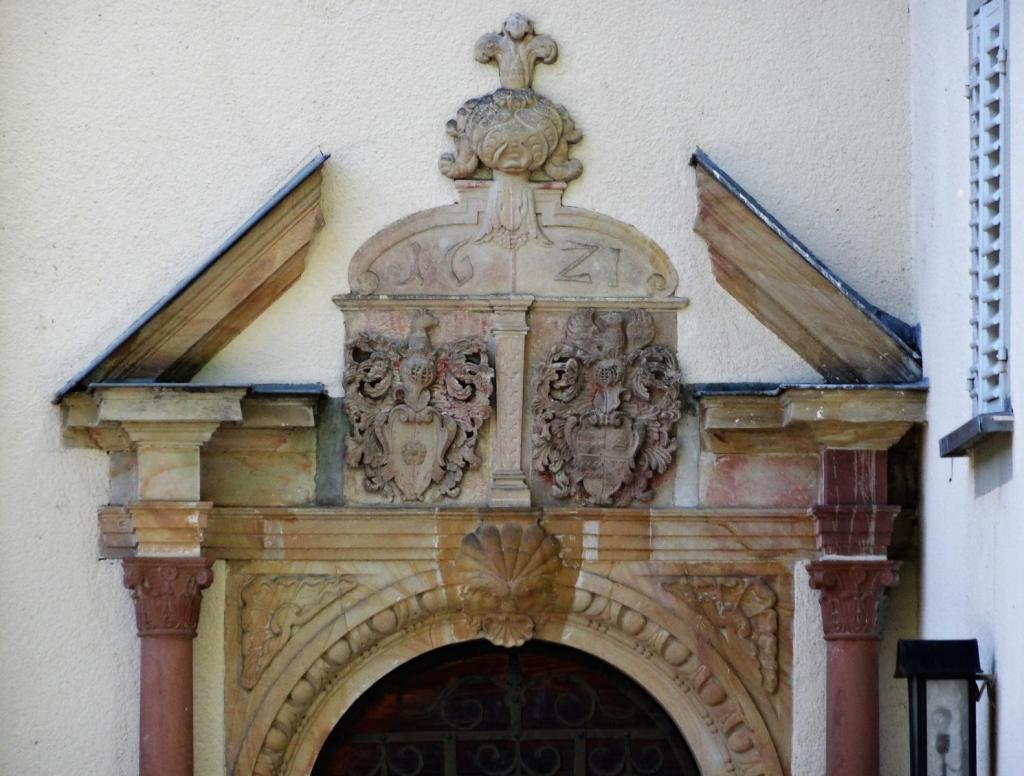 Nassau: Schloss Stein - Portal (2020)