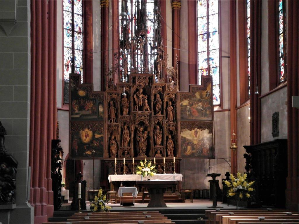 Lorch: Martinskirche - Chor mit Hochaltar (2020)