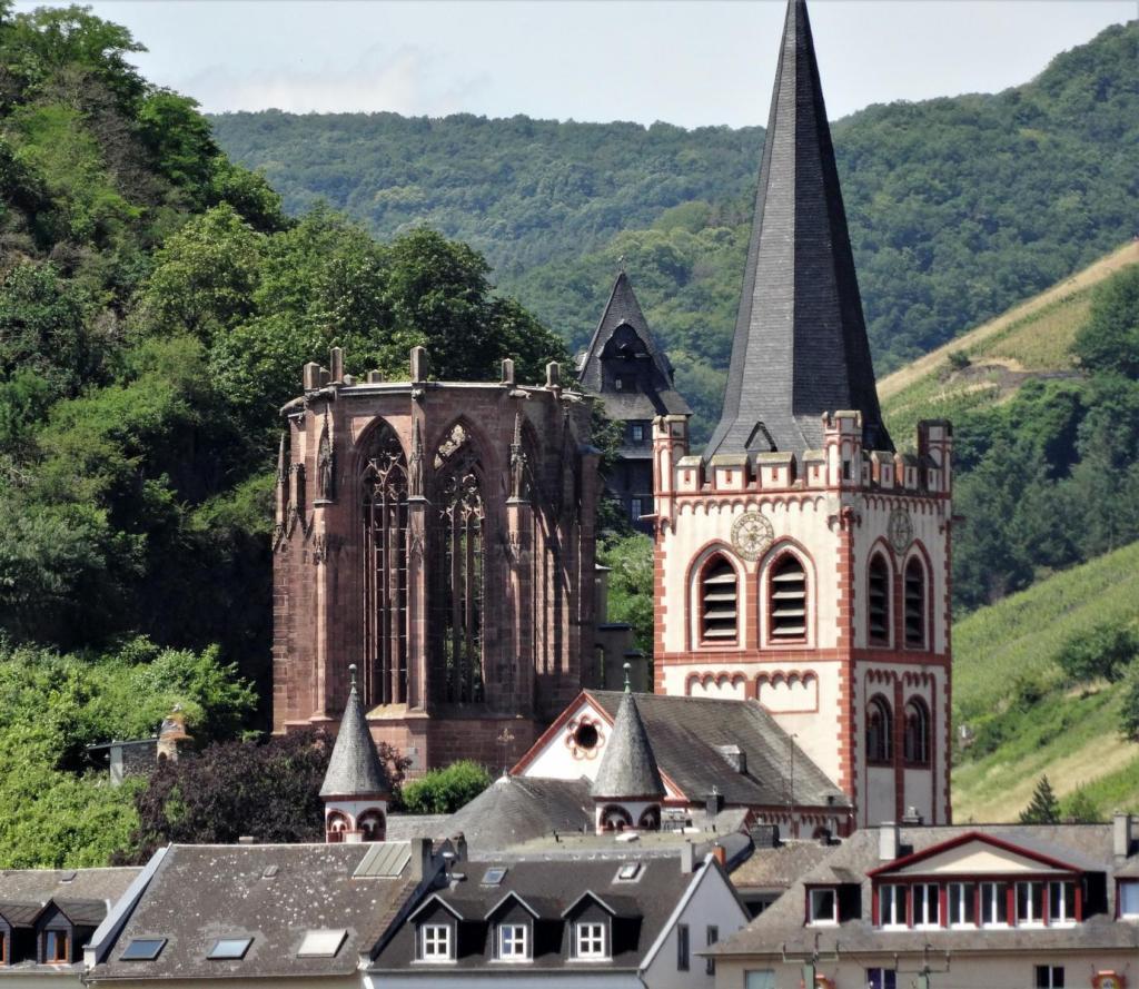Bacharach: Wernerkapelle und Peterskirche (2020)