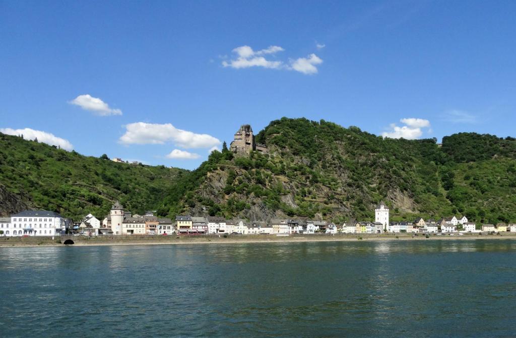 St. Goarshausen mit Burg Katz (2020)