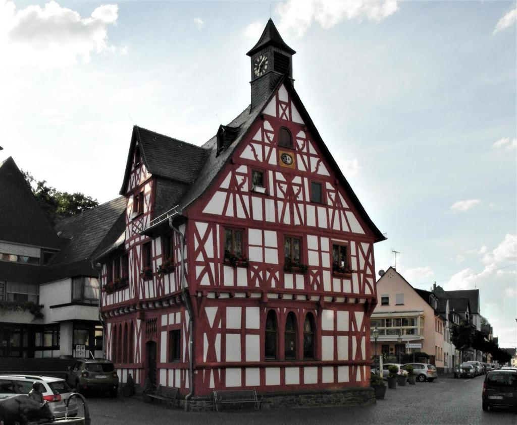 Rhens: Rathaus (2020)
