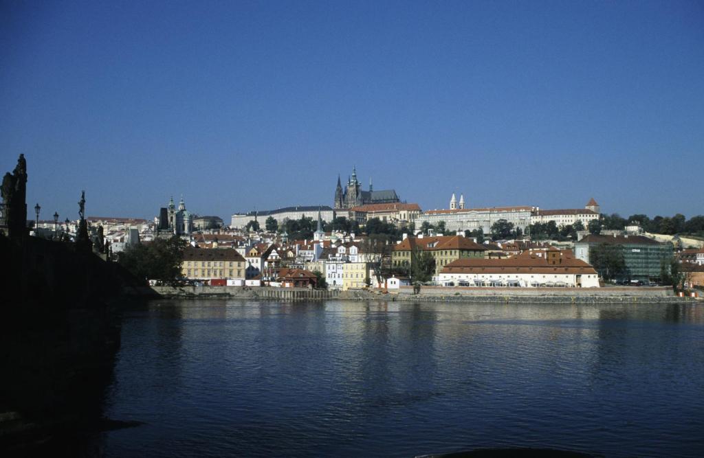Prag: Blick auf Kleinseite und Hradschin (2004)