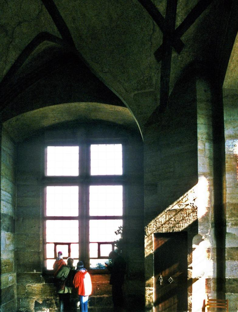 Prag: Königspalast - Böhmische Kanzlei, 2. Raum [hier Fenstersturz 1618] (2004)