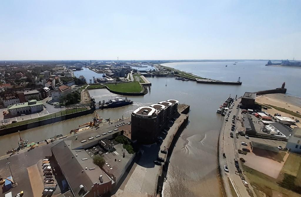 Bremerhaven: südliche Hafenanlagen und Geestemündung (2019)