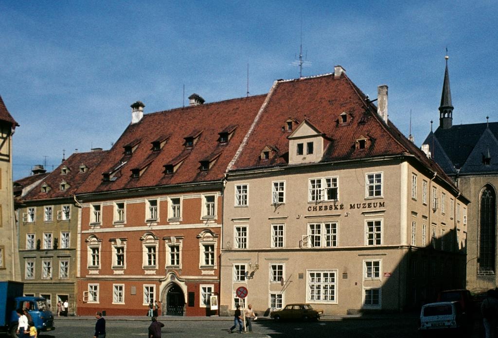 Eger [tschech. Cheb]: Stadthaus (1982)