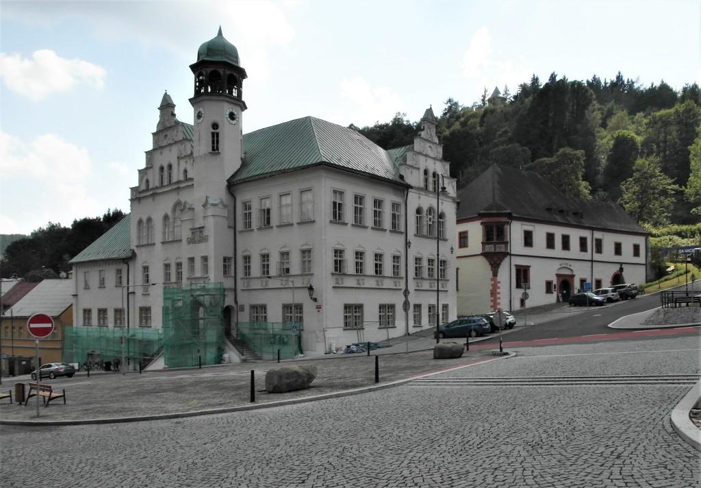 St. Joachimsthal [tschech. Jáchymov]: Rathaus und Königliche Münze (2020)