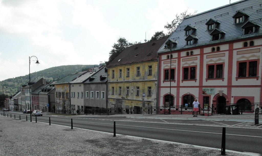 St. Joachimsthal [tschech. Jáchymov]: Marktplatz [Republikplatz] (2020)