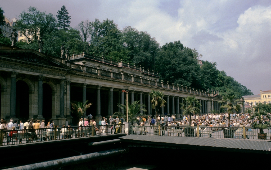 Karlsbad [tschech. Karlovy Vary]: Mühlbrunnenkolonnade (1979)