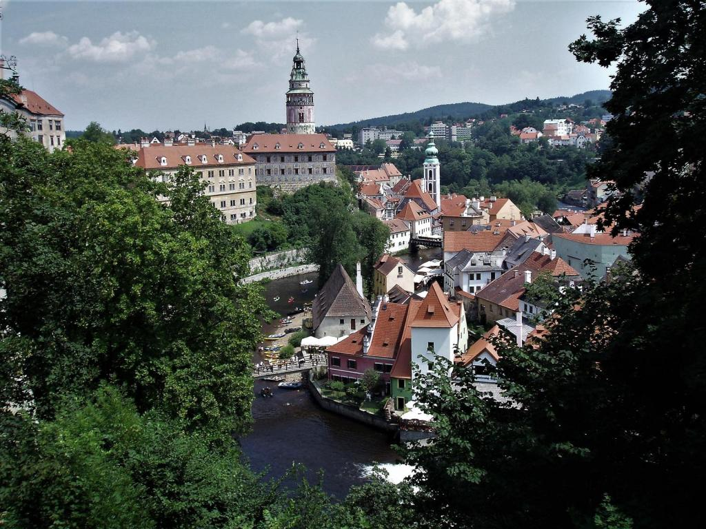 Krumau [tschech. Český Krumlov]: Blick vom Schloss (2006)
