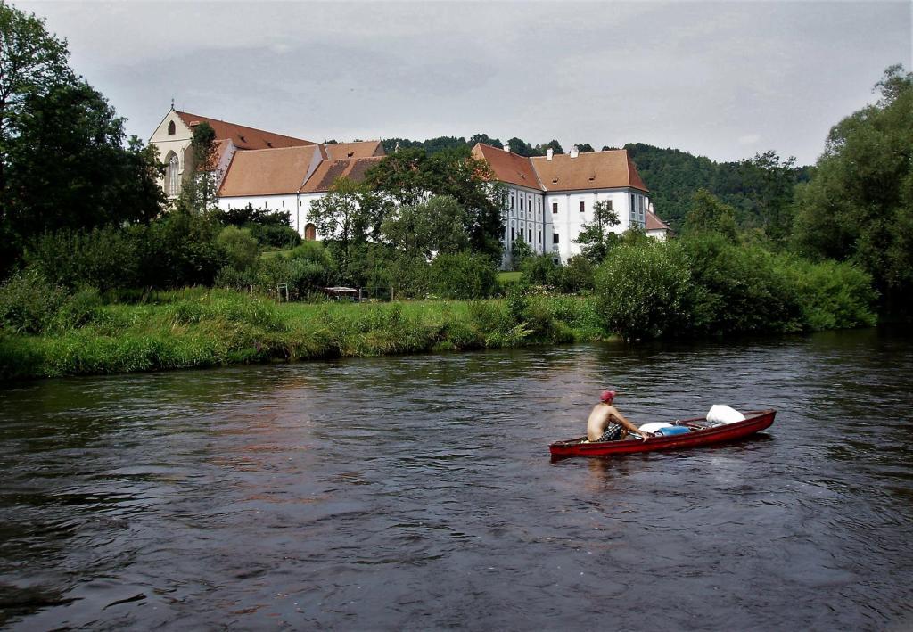 Goldenkron [tschech. Zlatá Koruna]: Kloster (2006)