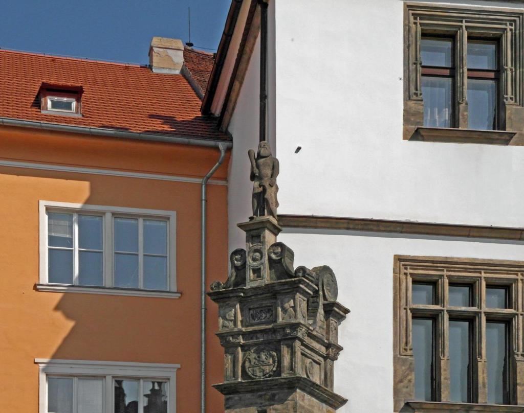 Leitmeritz [tschech. Litoměřice]: Rolandstatue am Rathaus (2012)